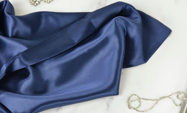 Federe in seta blu